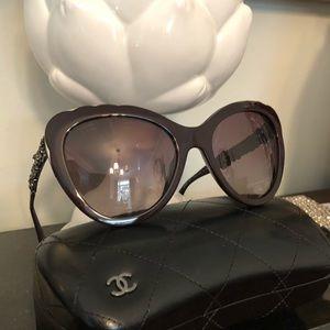 CHANEL Butterfly Bijou Polarized Sunglasses